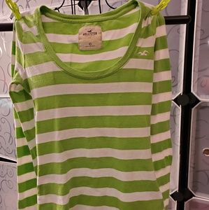Green and white long sleeve Hollister  T-shirt XS